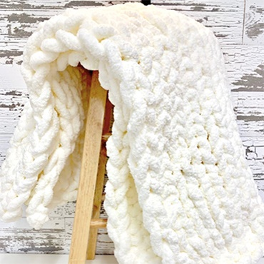 Hand Knit Chunky Yarn Blanket